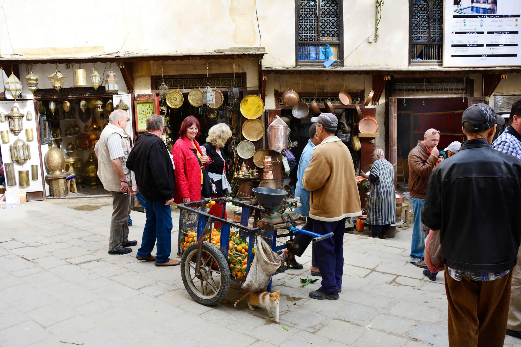 כיכר אל סאפרין - שוק רוקעי הנחושת, העיר פס שבמרוקו